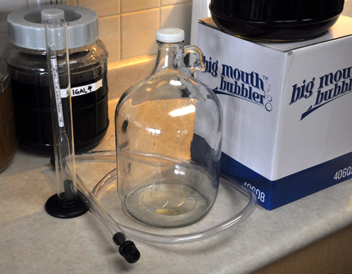 Autosiphon with tubing, hydrometer and test jar, 1 gallon jug and cap.
